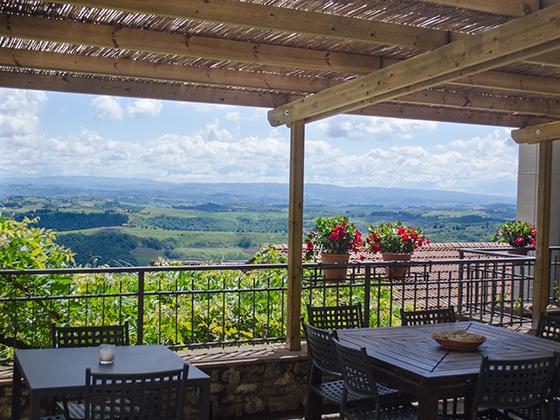 Balcony Dining Agriturismo Cesani