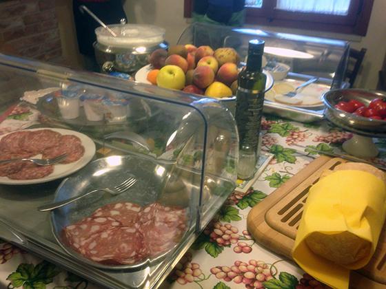 Cesani-Breakfast